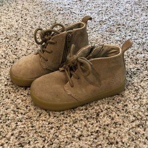 Gap boys khaki boots